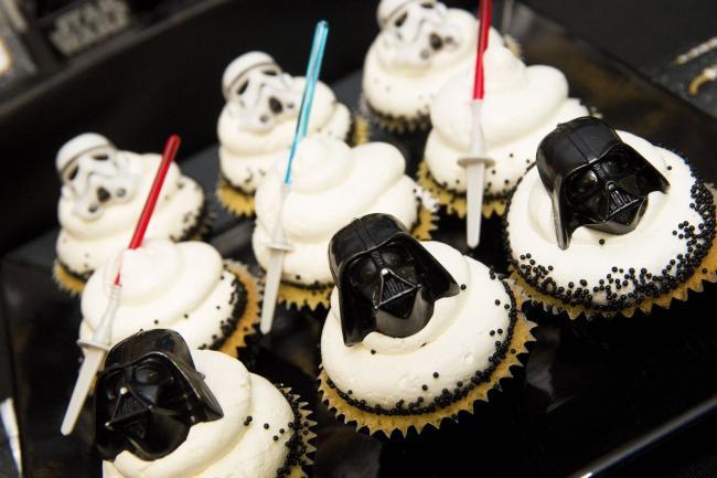 Star Wars Cupcake Birthday Cake Ideas