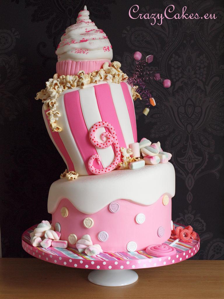 12 Nasty Birthday Cakes Crazy For Photo Tom Selleck Birthday Cake