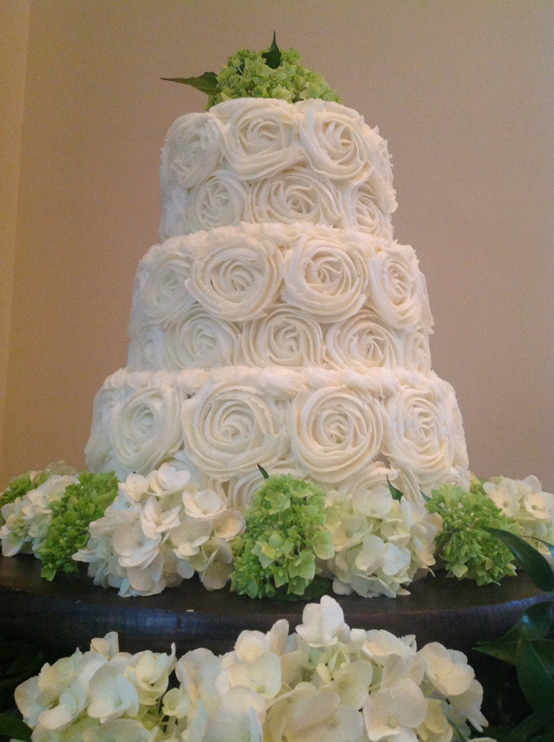 8 Michigan Kroger Wedding Cakes Photo With Whipped