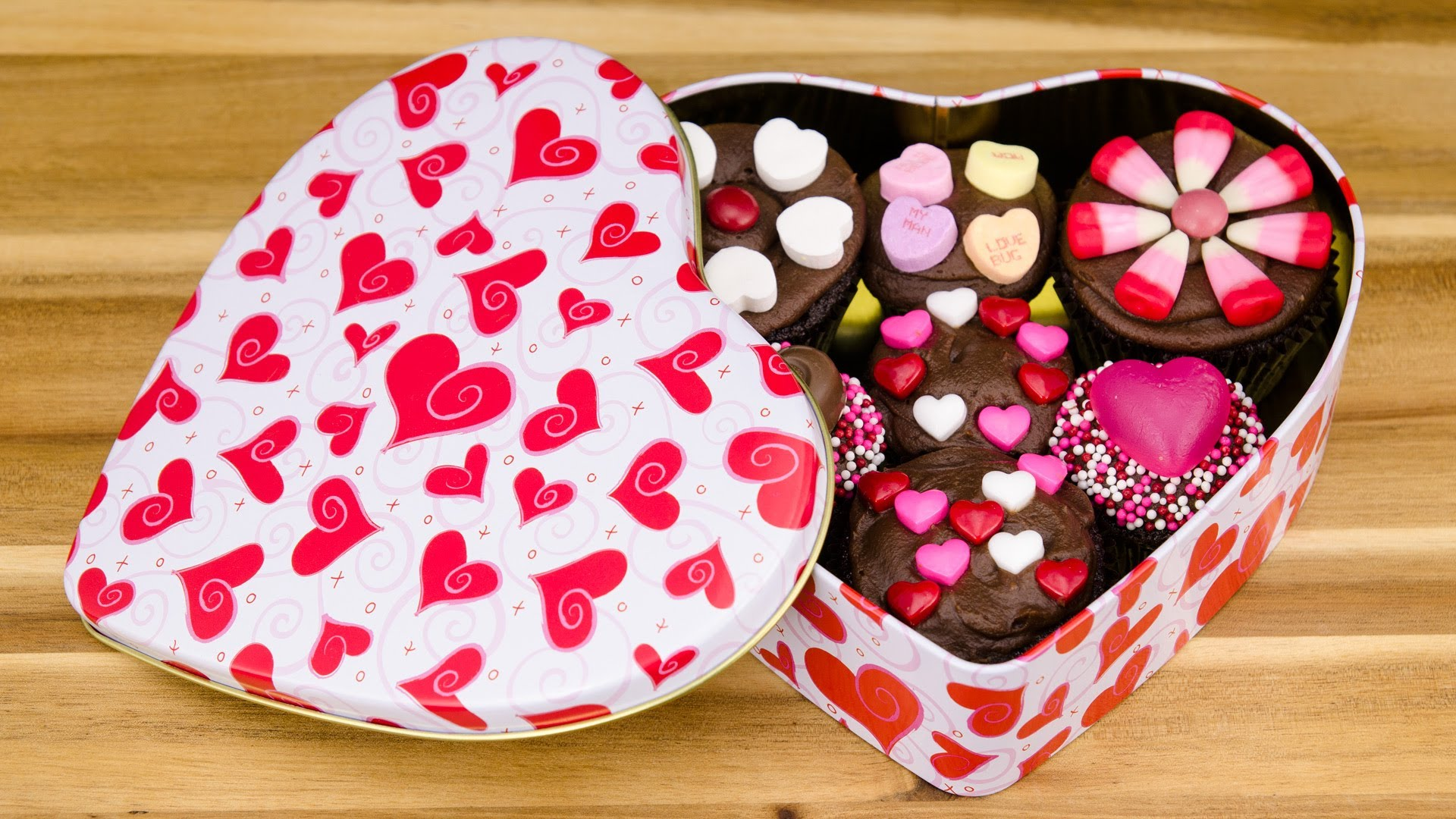 9 Cupcakes In Box With Heart Chocolates On Top Photo Valentines S