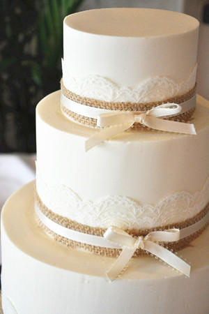 12 Simple Wedding Cakes With Burlap Photo Rustic Burlap Wedding