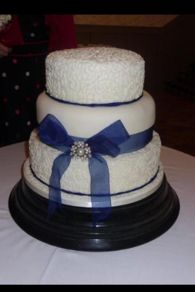 12 Pearl And Royal Blue Wedding Cakes Photo Royal Blue And Silver