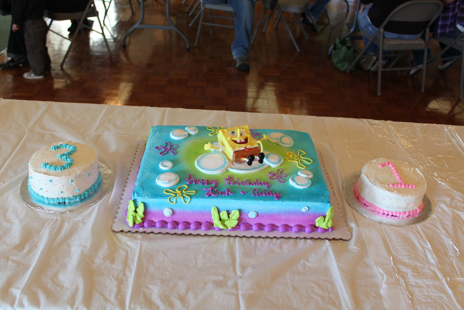 Awe Inspiring 11 Winco Foods Cakes Photo Cake With Cream Cheese Dinosaur Funny Birthday Cards Online Overcheapnameinfo