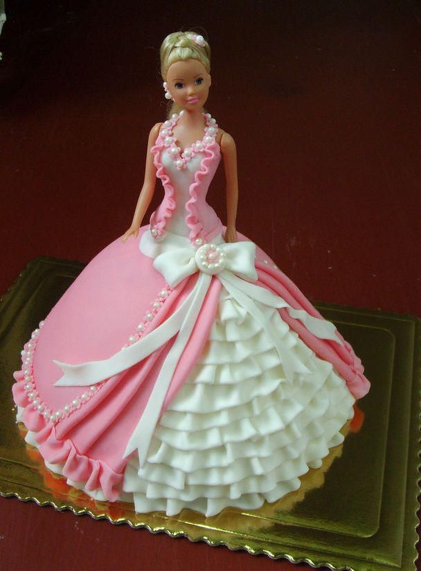 11 Doll Cakes On Top With Red Quince Photo Barbie Doll Birthday