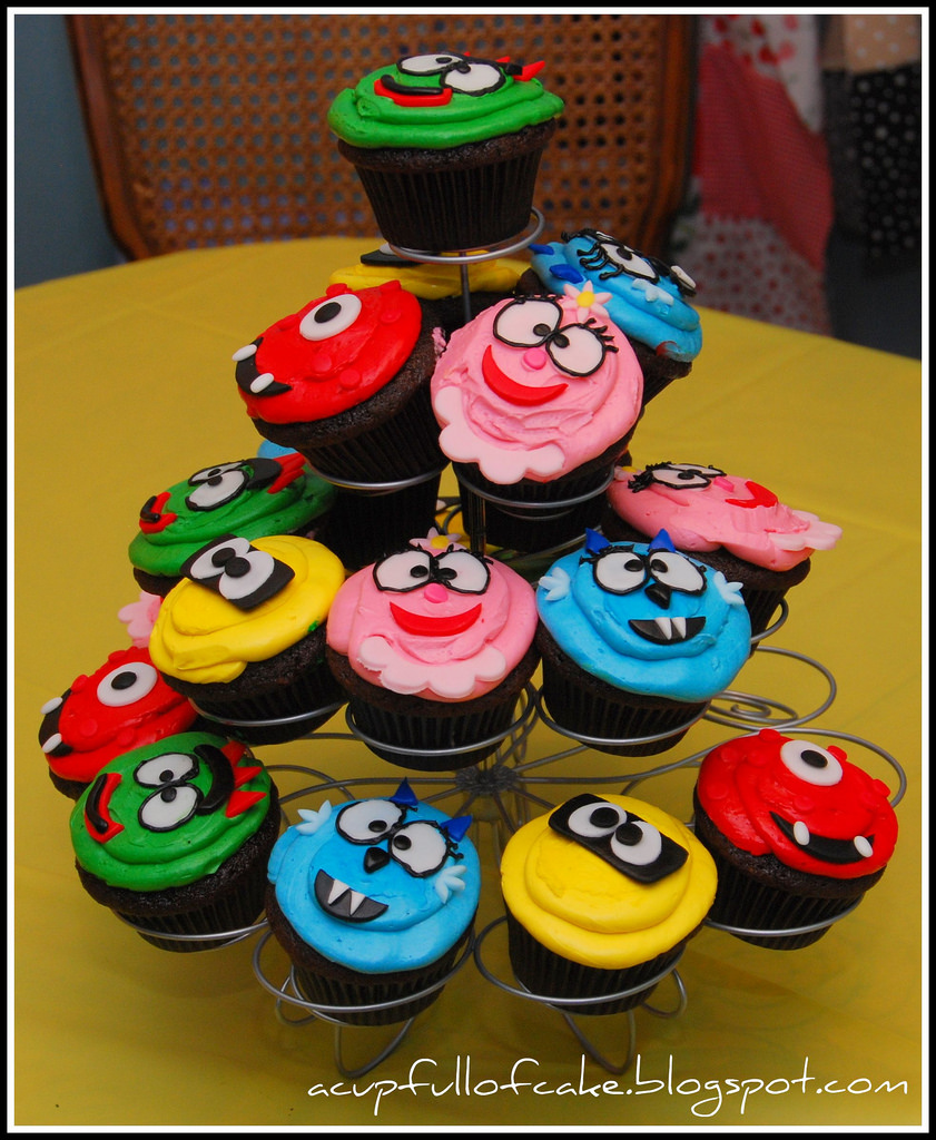 Miraculous 9 4 Year Olds Boys Cupcakes Photo Yo Gabba Gabba Cupcakes 4 Funny Birthday Cards Online Sheoxdamsfinfo
