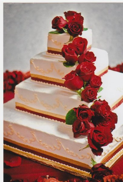 13 Red And Gold Square Wedding Cakes Photo - Gold and White Square ...