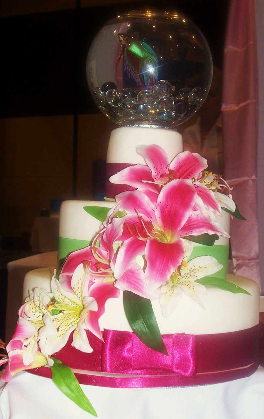 11 Using Fish Bowl Wedding Cakes Photo - Fish Bowl Wedding Cake ...
