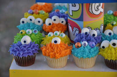 11 Monster Birthday Boy Cupcakes Idea Photo - Monster Cupcake Ideas ...