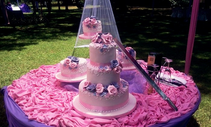 Groovy 11 Most Expensive Cupcake Wedding Cakes Photo World Most Funny Birthday Cards Online Ioscodamsfinfo