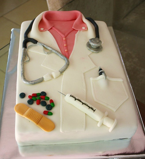 11 Woman Dr Dentist Graduation Cakes Photo Doctor Graduation Cake