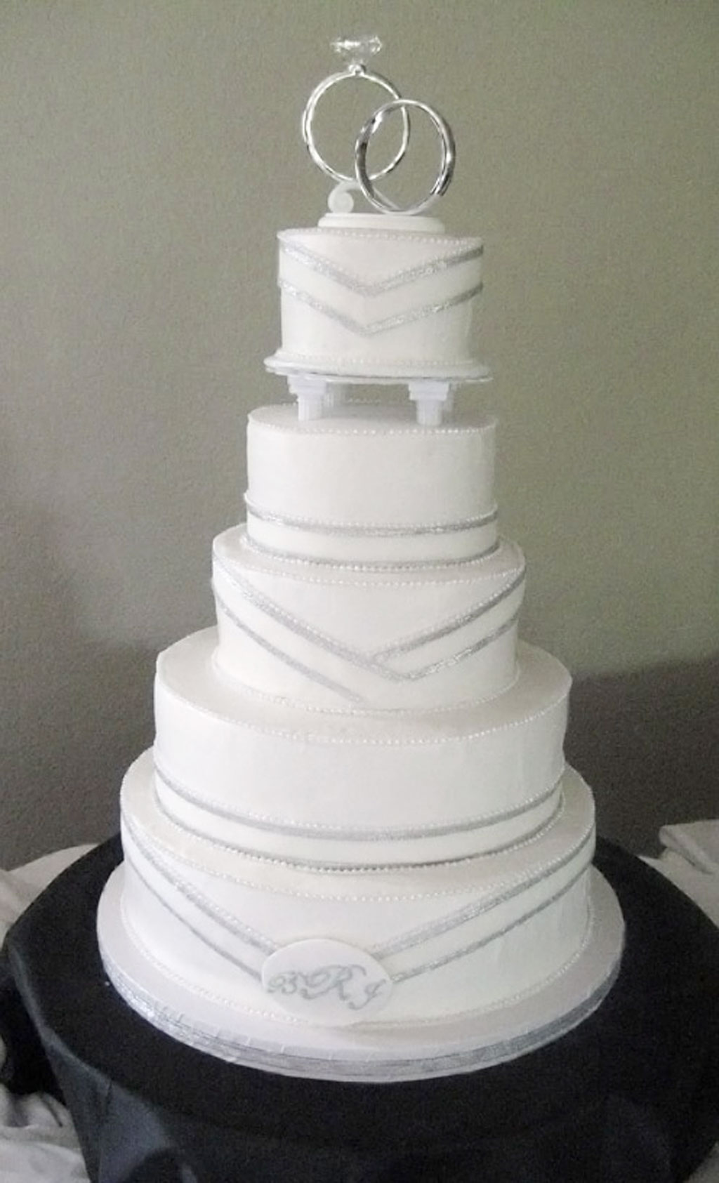 12 Small Simple Silver Wedding Cakes Photo - Small Simple Wedding ...
