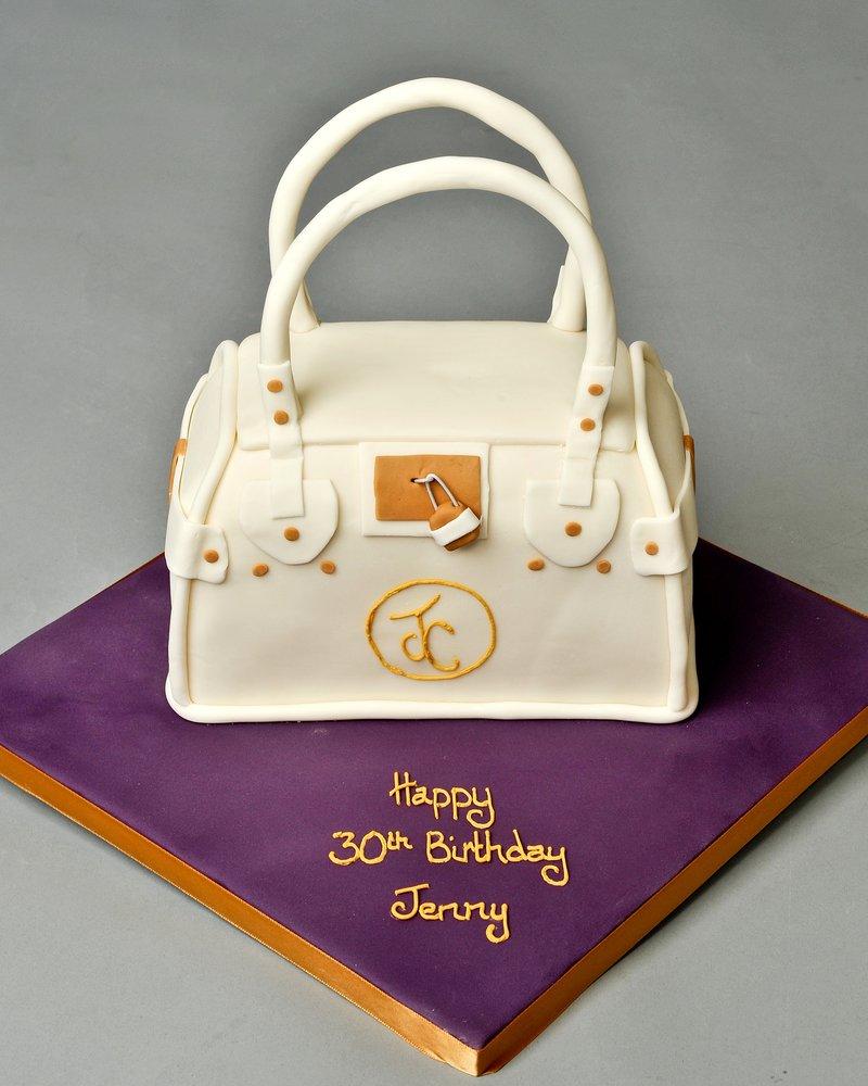 Enjoyable 10 Famous Cakes For Women Photo Cool Girl Birthday Cakes Women Funny Birthday Cards Online Benoljebrpdamsfinfo