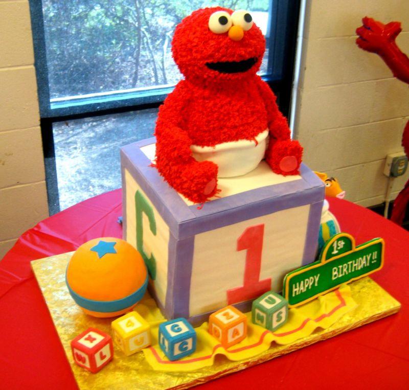 Astounding 11 Elom And More Baby Boy Birthday Cupcakes Photo Baby Elmo Personalised Birthday Cards Paralily Jamesorg