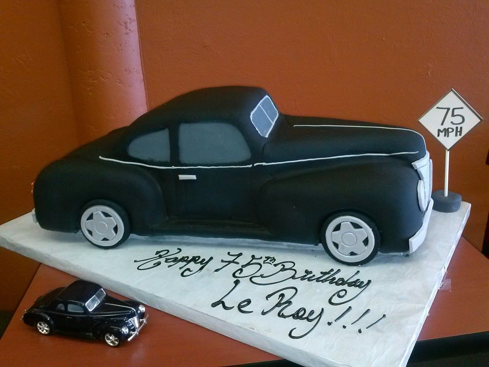 11 Classic Cars Themed Birthday Cakes Photo Rock And Roll Birthday