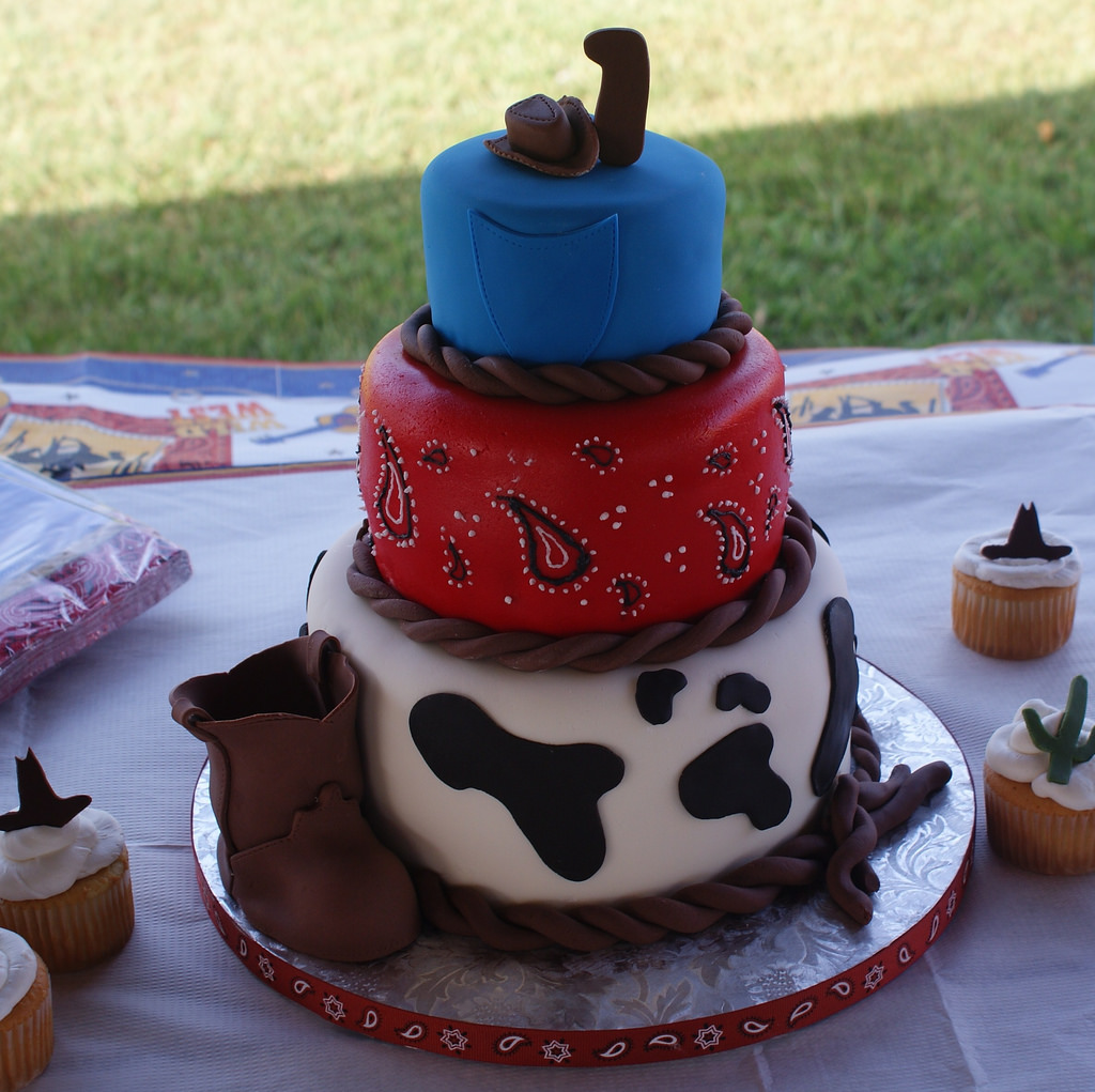 Tremendous 12 Frontier Western Themed Cakes Photo Cowboy Themed Birthday Funny Birthday Cards Online Inifofree Goldxyz