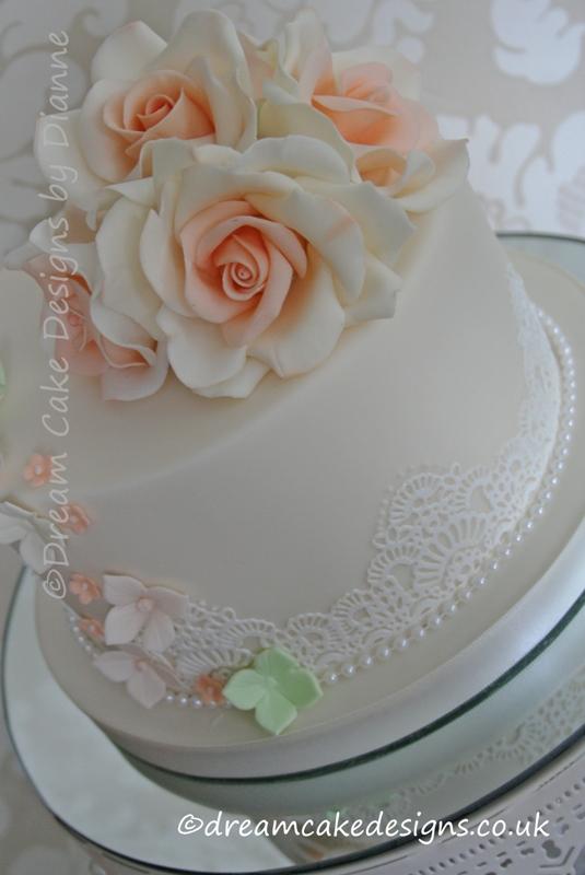 10 Feminine 50th Birthday Cakes Photo
