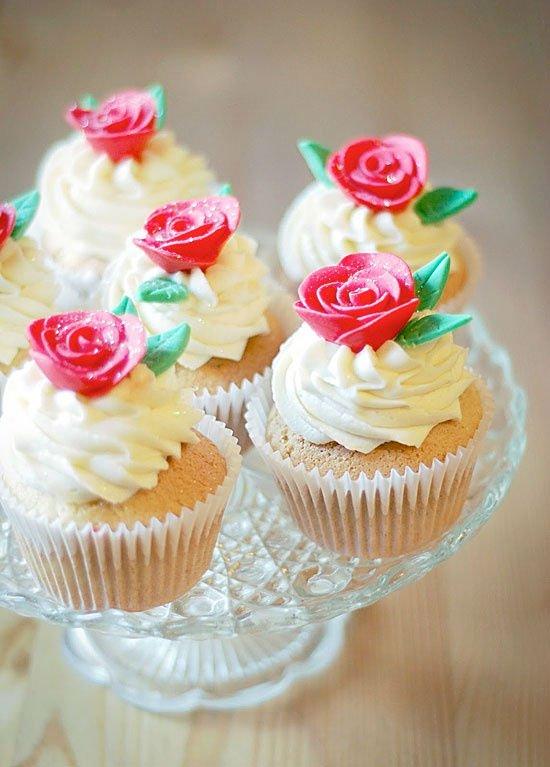 Valentineu0027s Cupcake Decorating Ideas
