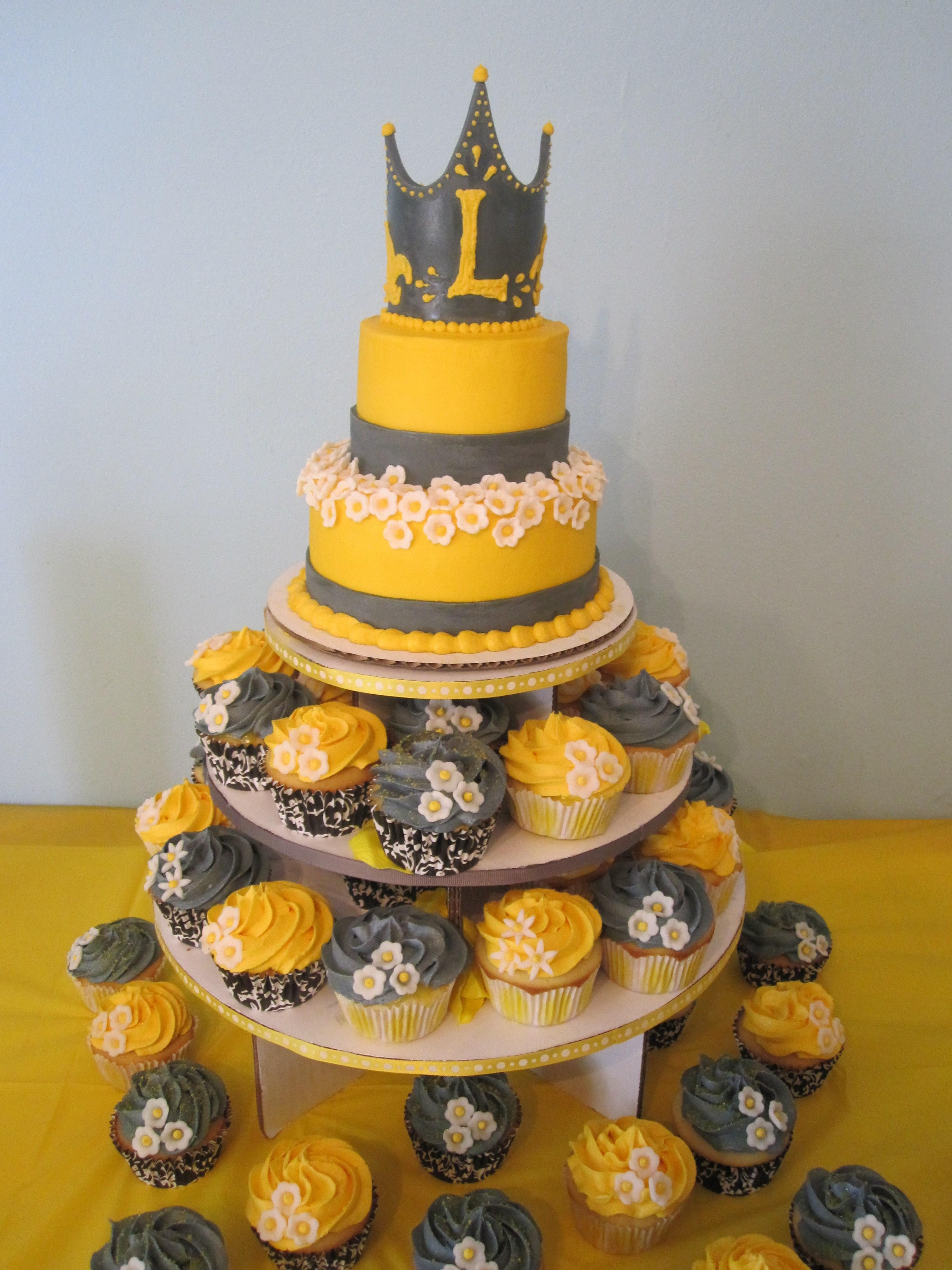 12 White Grey Yellow Baby Shower Cupcakes Photo Yellow And Grey