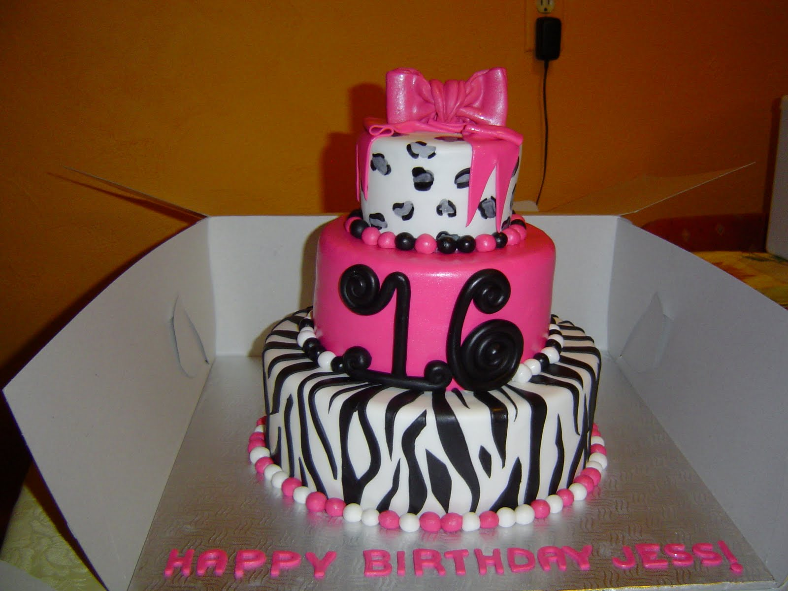 7 sweet 15 and 16 birthday cakes diva photo sweet 16 birthday cake