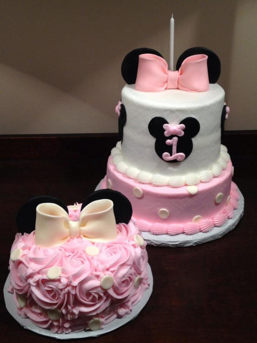 Sensational 12 First Minnie Mouse Cakes Photo Pink Minnie Mouse Birthday Birthday Cards Printable Benkemecafe Filternl