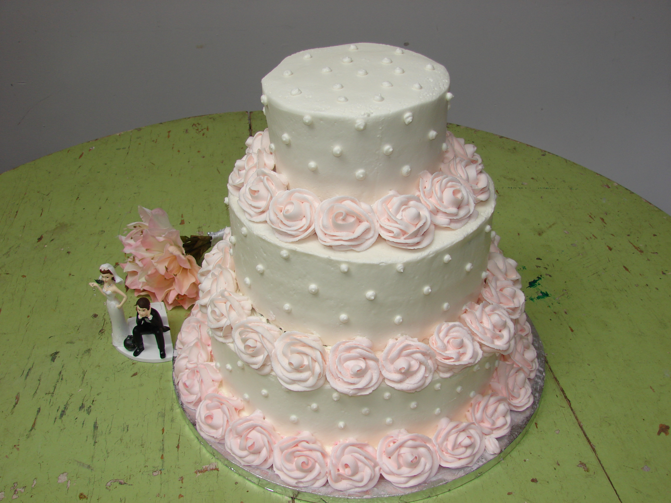 12 Pink Cakes From Publix Photo