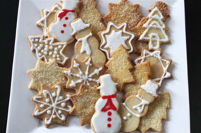 7 Holiday Cookies Cakes And Pies Photo Christmas Cakes Cookies