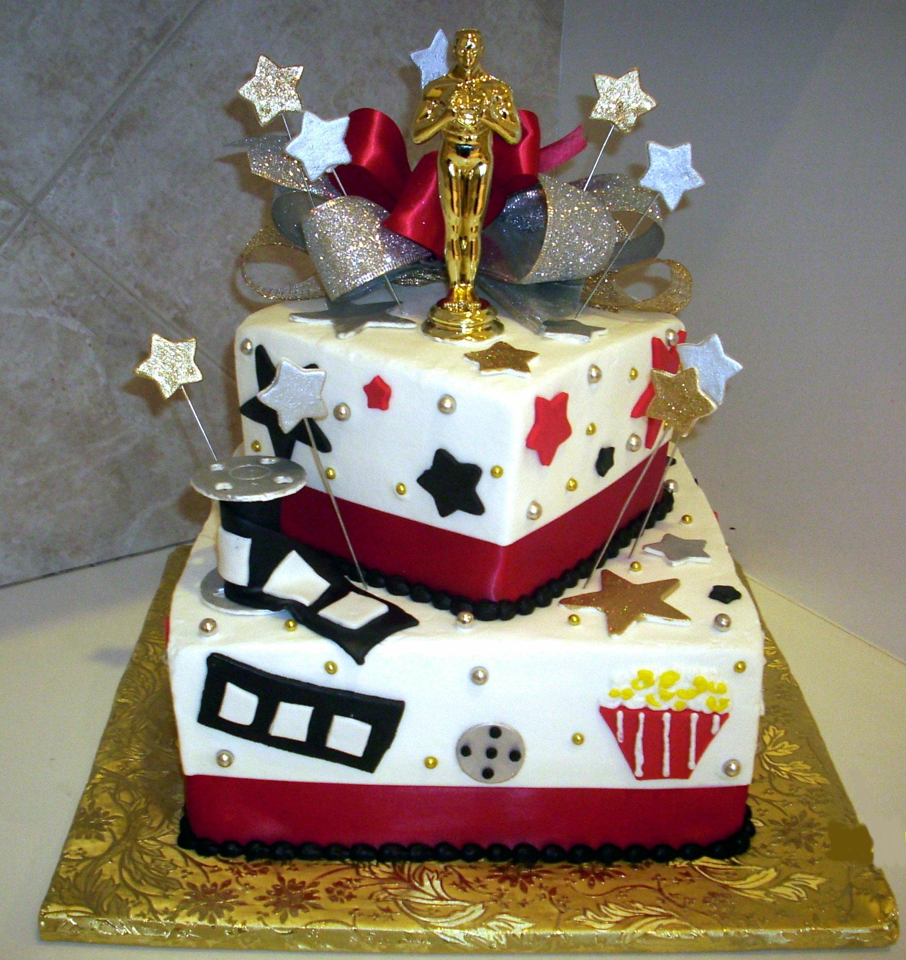 13 Movie Theme Birthday Cupcakes Photo - Movie Themed Cupcake ...