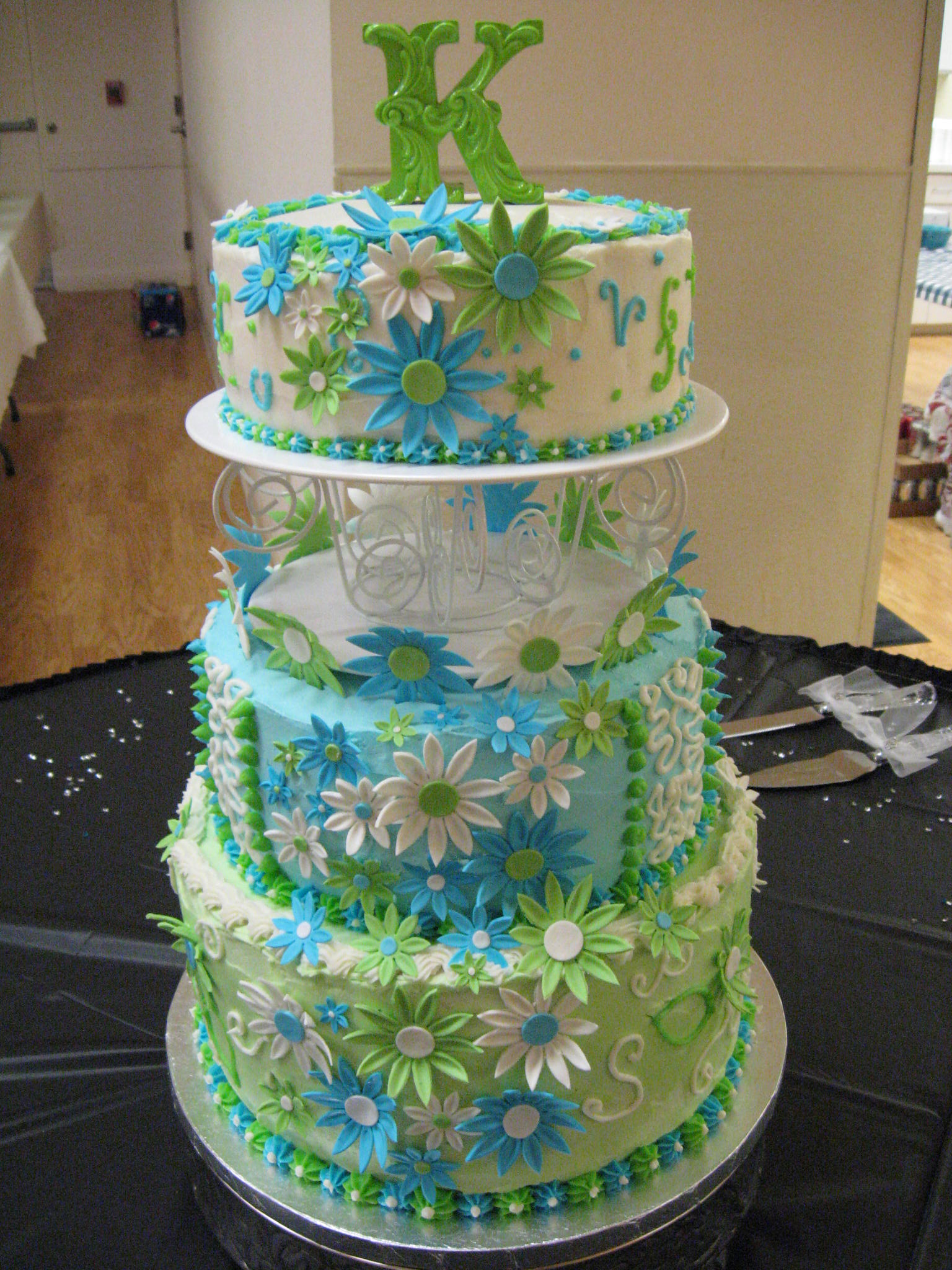 12 Blue And Lime Green Cupcake Birthday Cakes Photo - Lime Green and ...