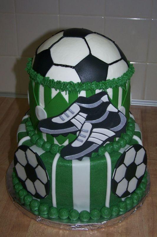 10 Awesome Football Birthday Cakes For Men Photo Amazing Birthday