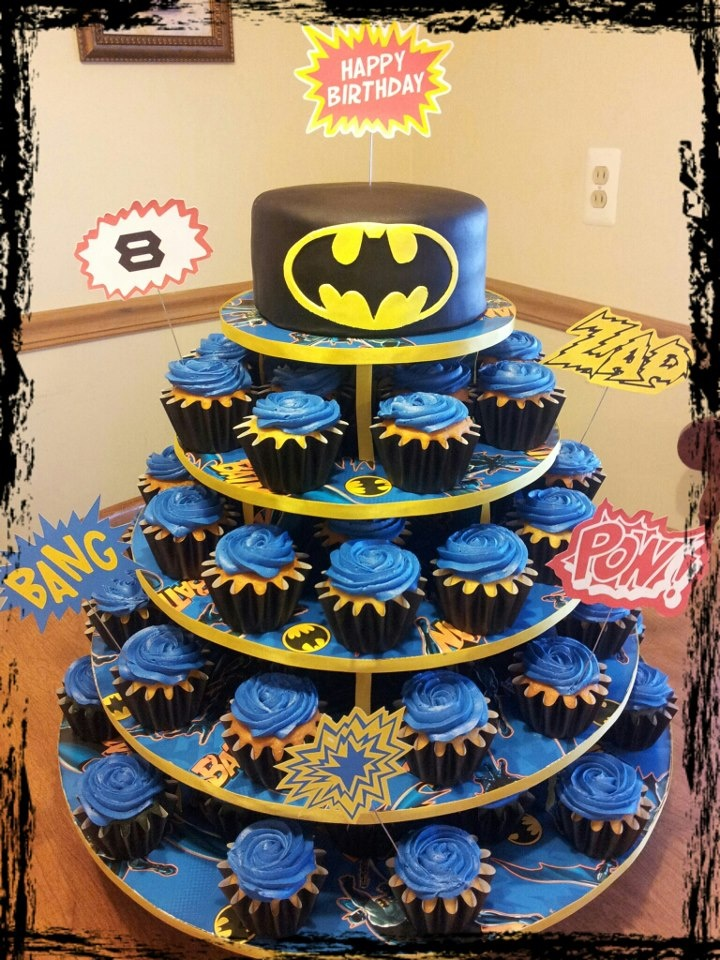 Admirable 10 Batman And Batman Cakes On Top Photo Batman Cake Designs Funny Birthday Cards Online Sheoxdamsfinfo