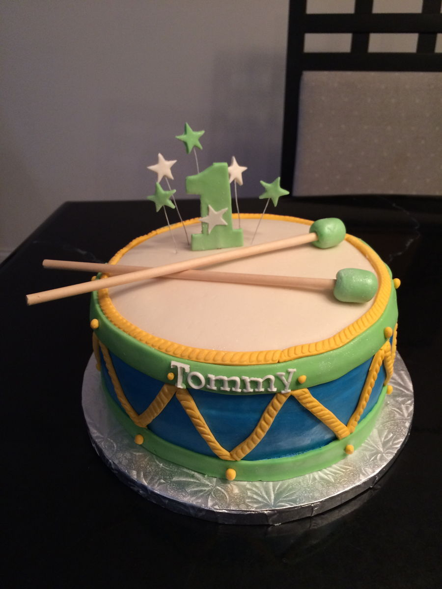Awe Inspiring 13 Cakes Decorated Like Drums Photo Happy Birthday Drum Cake Funny Birthday Cards Online Overcheapnameinfo