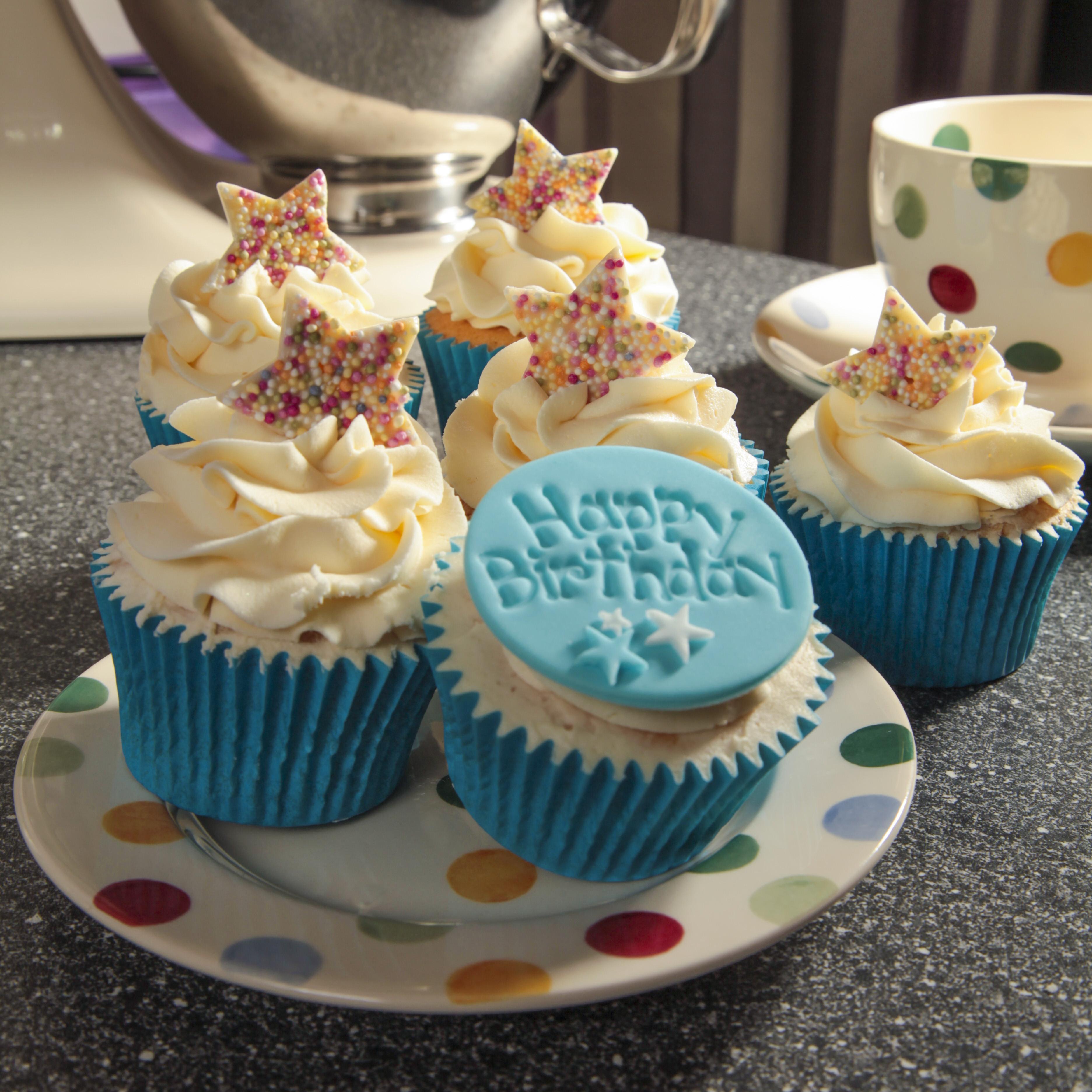 Incredible 10 Happy Birthday Cupcakes For Boys Photo Boys Happy Birthday Funny Birthday Cards Online Eattedamsfinfo