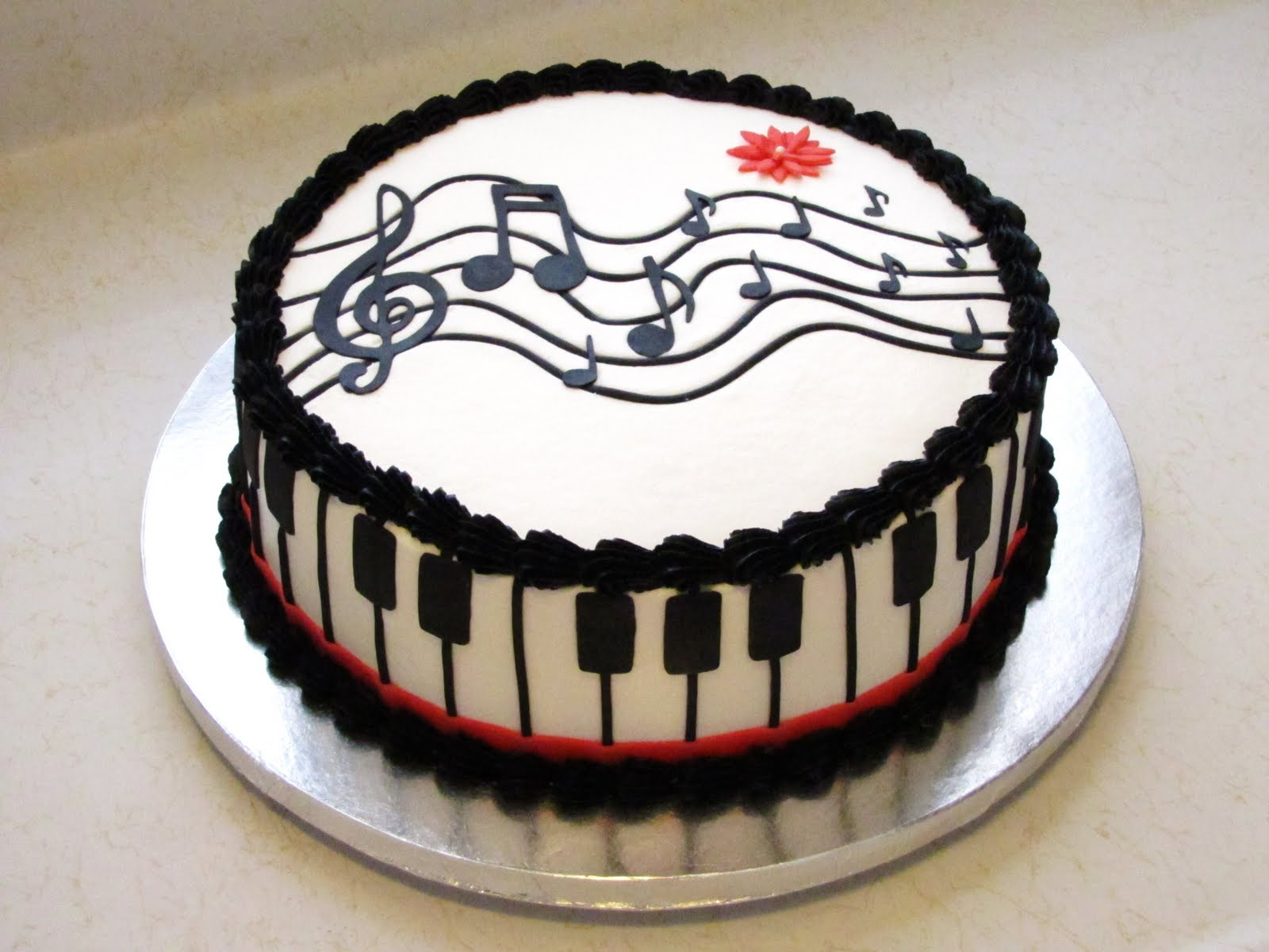 10 Birthday Cakes For Musicians Photo