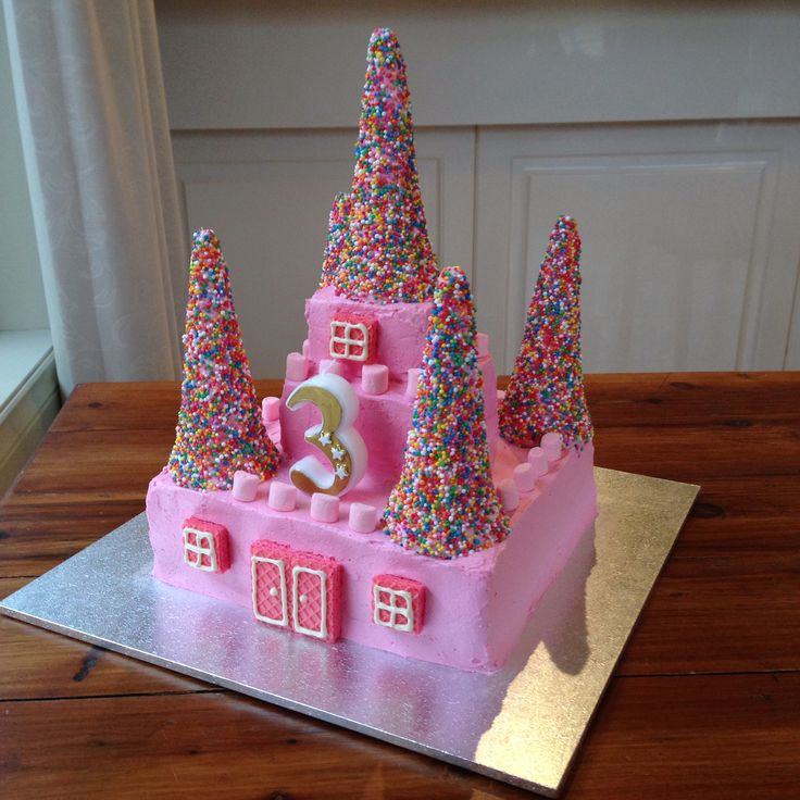 13 Mod Girls Castle Cakes Ideas Photo Princess Castle Cake