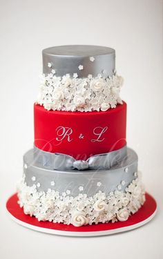 9 Christmas Cakes Red White And Silver Photo - Red and Silver ...