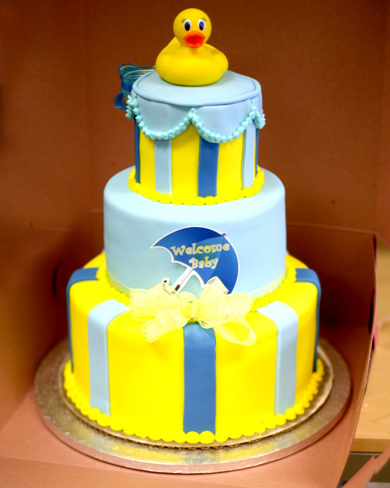 13 Duck Baby Shower Cakes With Fondant Photo Rubber Ducky Baby