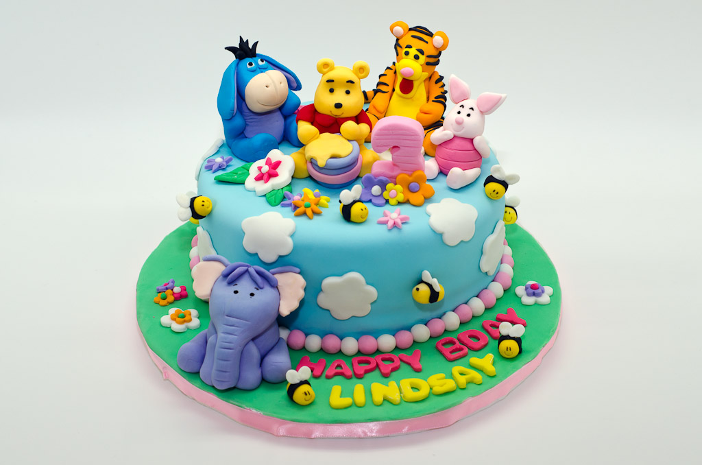 Miraculous 7 Small Winnie The Pooh Cakes Photo Winnie The Pooh Shower Cake Funny Birthday Cards Online Necthendildamsfinfo
