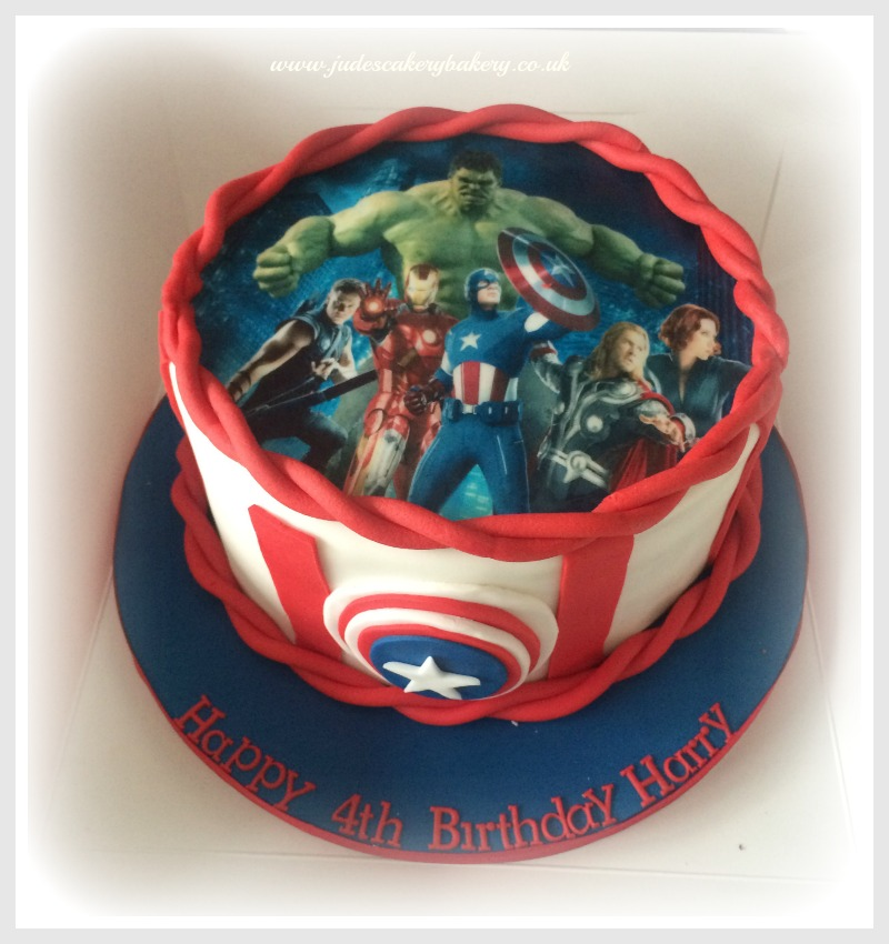 Superb 10 Avengers Birthday Cakes For Boys Photo Avengers Boy Birthday Funny Birthday Cards Online Drosicarndamsfinfo