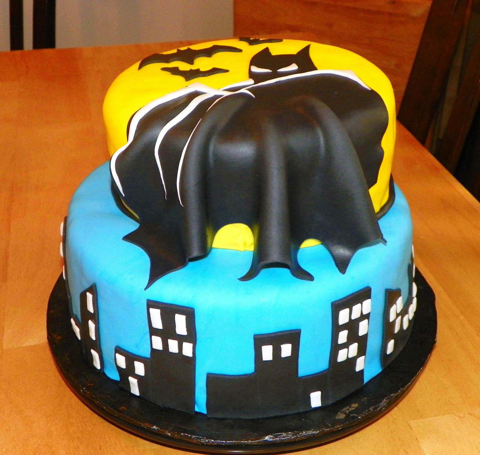 Terrific 9 Batman Birthday Cakes Photo Batman Birthday Cake Batman Birthday Cards Printable Opercafe Filternl