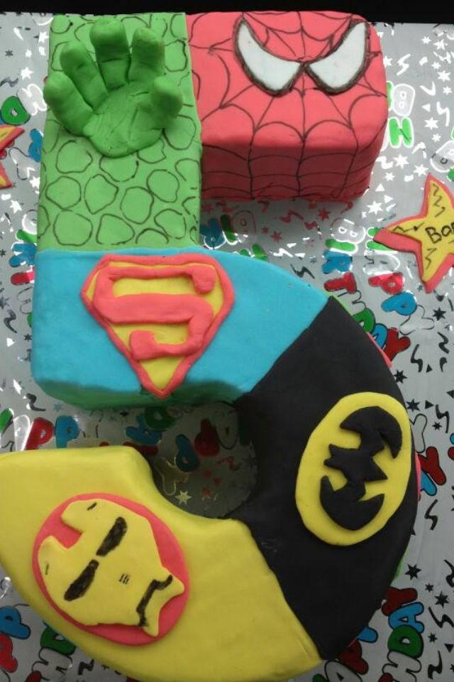 11 Awesome Super Hero Cakes Photo Awesome Superhero Birthday Cake