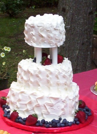 whipped cream frosting recipe for wedding cake icing for wedding cakes 27170