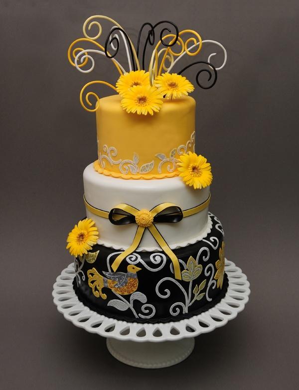 9 Yellow Black And White Wedding Cupcakes Photo Black And Yellow