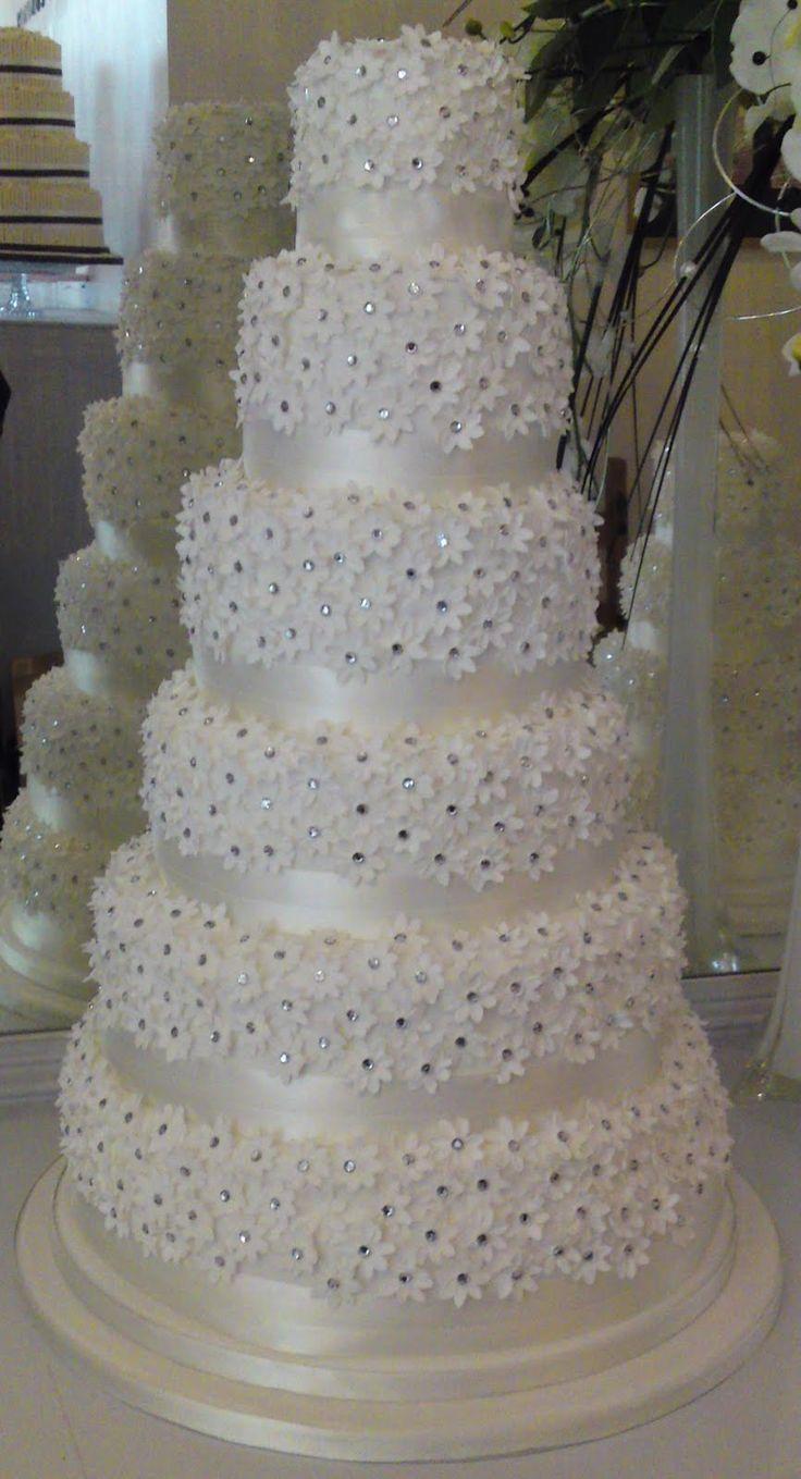 11 Diamond And Purple Cakes Photo Purple Wedding Cake With