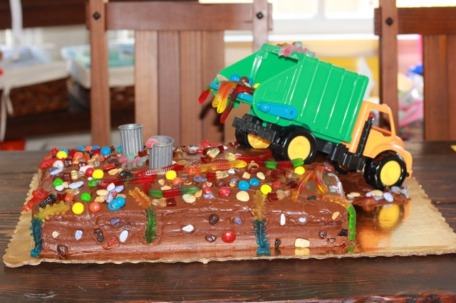 10 Garbage Truck Cakes For Boys Photo Garbage Truck Birthday Cake