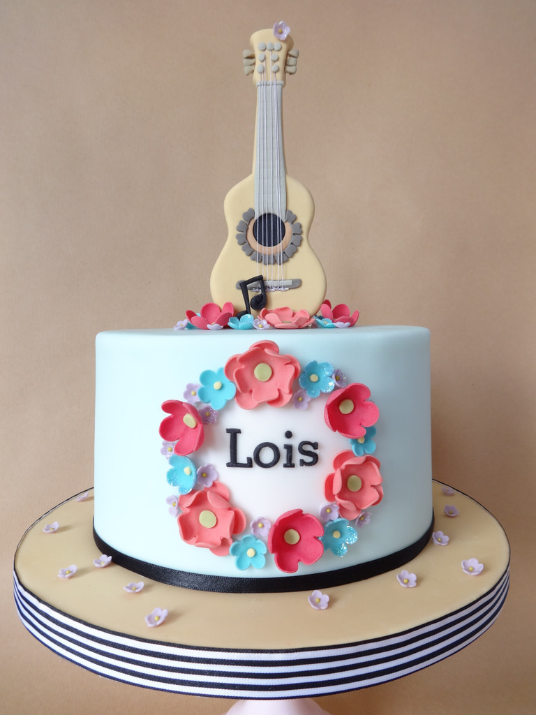 10 Artsy Music Cakes For Girls Photo Guitar Birthday Cake Sweet