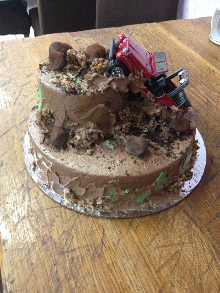 Excellent 8 4X4 Mudding Cakes Photo Mud Truck Birthday Cake Jeep Mudding Funny Birthday Cards Online Aboleapandamsfinfo