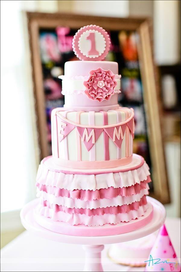 12 Girly First Birthday Cakes Photo 1st Birthday Cake Ideas For