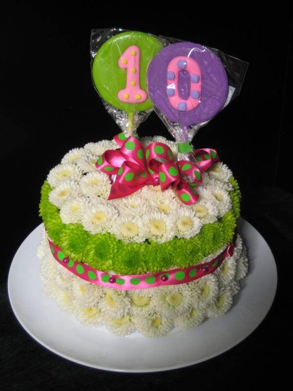 Arrangement Fresh Flower Birthday Cake