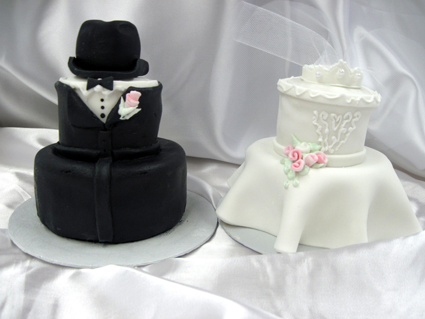 wedding cake bridesmaids and groomsmen 10 and groom shower cakes photo and groom 22090