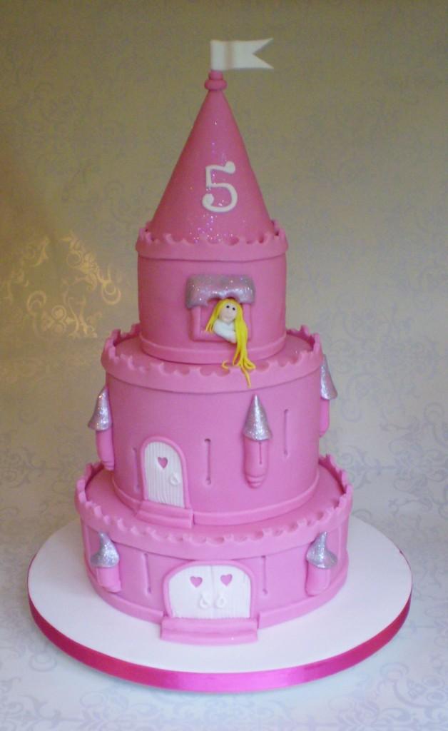 9 Little Girl Birthday Cakes Castles Photo Little Girls Birthday